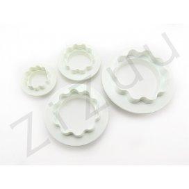 Stampi coppapasta tagliabiscotti taglio liscio e ondulato, in plastica