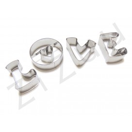 """Stampi tagliabiscotti scritta """"LOVE"""""""