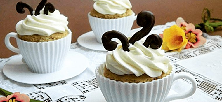 Cupcake al caffè in tazza .. di silicone